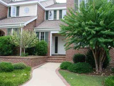 Southern Pines Condo/Townhouse For Sale: 1433 Woodbrooke Drive