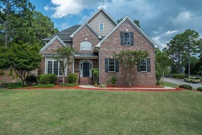 Southern Pines Single Family Home For Sale: 101 Stafford Court