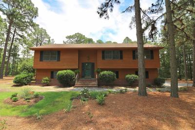 Seven Lakes, West End Single Family Home For Sale: 101 Pinewood Court