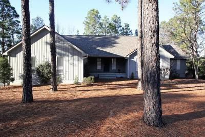 Southern Pines Single Family Home For Sale: 1500 Valley View Road