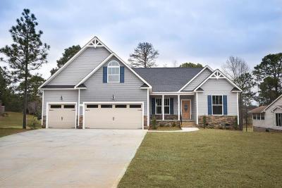 Single Family Home For Sale: 611 Carolina Way