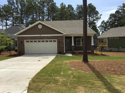 Southern Pines Single Family Home For Sale: 117 Triple Crown Circle
