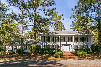 Southern Pines Single Family Home Active/Contingent: 650 N Fort Bragg Road
