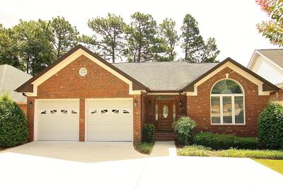 Southern Pines Single Family Home For Sale: 116 Belmont Court
