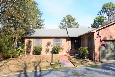 Moore County Single Family Home Active/Contingent: 140 Cardinal Lane