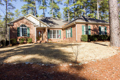 Southern Pines Single Family Home Active/Contingent: 301 W Hedgelawn Way