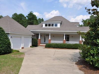 Moore County Single Family Home For Sale: 26 Wellington Drive