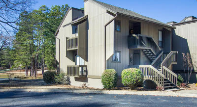 Pinehurst Condo/Townhouse Active/Contingent: 10 Pine Tree Road #132