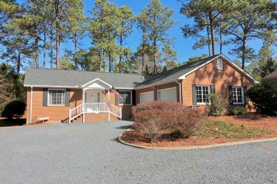 Pinehurst Single Family Home Active/Contingent: 9 Chestnut Court