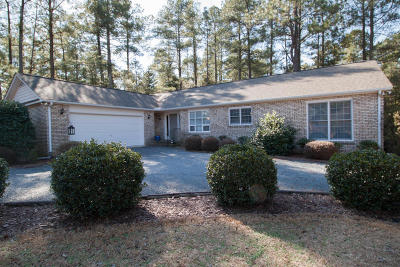 Pinehurst Single Family Home For Sale: 10 SW Lake Forest Drive