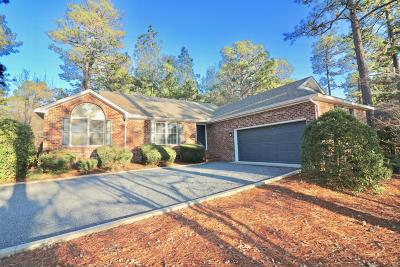 Pinehurst Single Family Home For Sale: 10 Chestnut Lane
