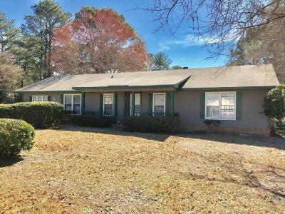 Fayetteville Single Family Home For Sale: 6421 Rannock Drive