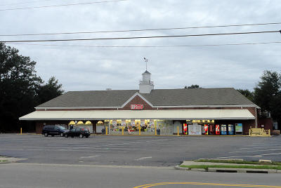 Commercial Lease For Lease: 750 SW Broad Street