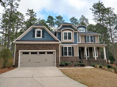 Southern Pines Single Family Home Active/Contingent: 3 Bay Hill Court