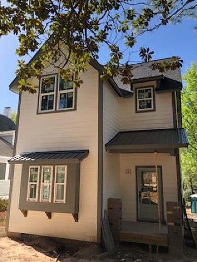 Southern Pines Single Family Home For Sale: 570 N Ashe Street