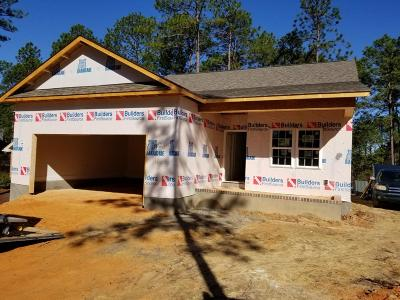 Southern Pines Single Family Home Active/Contingent: 176 Hunter Trail