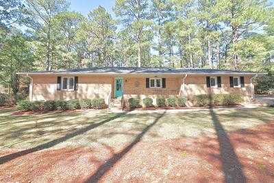 Southern Pines Single Family Home Active/Contingent: 160 Elk Road
