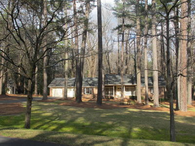 Southern Pines Single Family Home Active/Contingent: 207 Boyd Lane