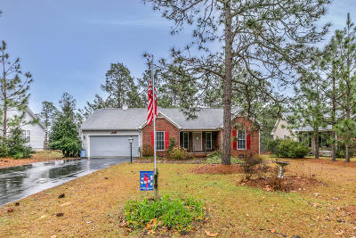 Moore County Single Family Home Active/Contingent: 141 Cardinal Lane