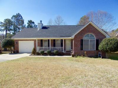 Fayetteville Single Family Home For Sale: 1931 Calista Cir