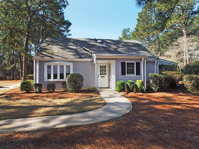 Southern Pines Condo/Townhouse For Sale: 57 Village Green Circle