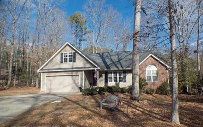 Single Family Home Sold: 5013 Mockingbird Lane