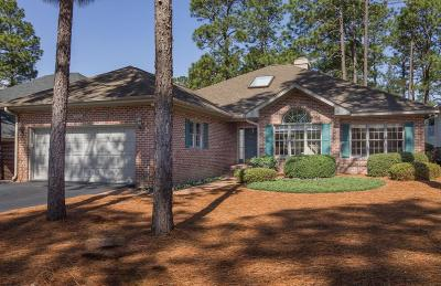 Southern Pines Single Family Home For Sale: 188 Hunter Trail