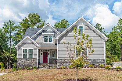 Southern Pines Single Family Home For Sale: 229 Claret Court