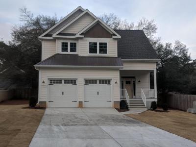 Southern Pines Single Family Home For Sale: 670 E Ohio Avenue