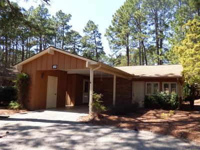 Southern Pines Condo/Townhouse For Sale: 146 Knollwood Drive