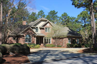 Moore County Single Family Home For Sale: 50 Hearthstone Road