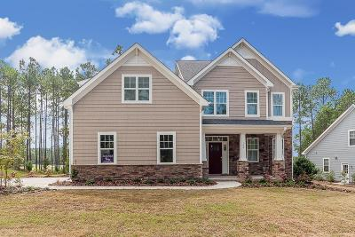 Southern Pines Single Family Home For Sale: 106 Plantation Drive