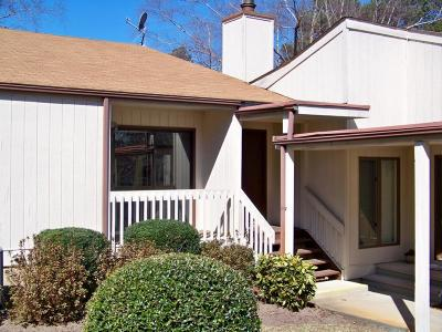 Moore County Condo/Townhouse Active/Contingent: 40 C Martin Drive