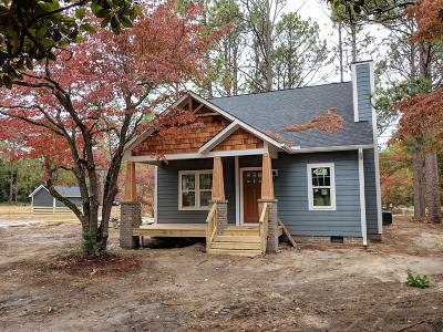 Southern Pines Single Family Home Active/Contingent: 426 Sheldon Road