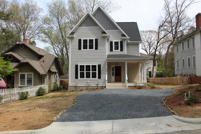 Southern Pines Single Family Home For Sale: 365 E Maine Avenue