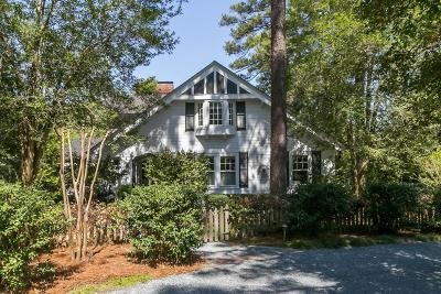 Pinehurst Single Family Home For Sale: 15 E McCaskill Road