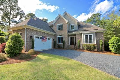 Southern Pines Single Family Home For Sale: 410 Arbutus Road
