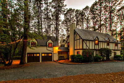Southern Pines Single Family Home Active/Contingent: 265 Hill Road
