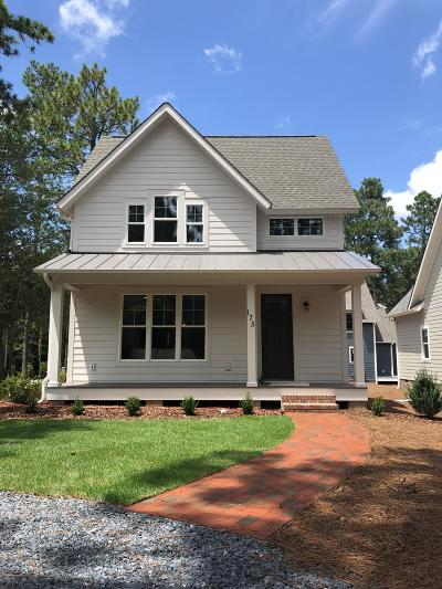 Southern Pines Single Family Home Active/Contingent: 175 E New Jersey Avenue