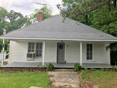 Carthage Single Family Home For Sale: 210 Dowd Street