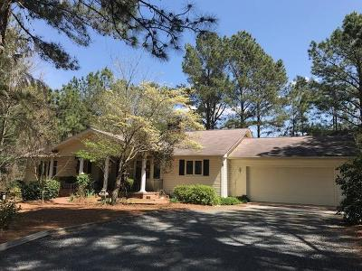 Moore County Single Family Home Active/Contingent: 160 Firetree Lane