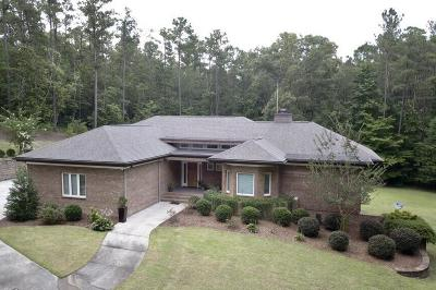 Southern Pines Single Family Home For Sale: 111 Bridgewater Drive