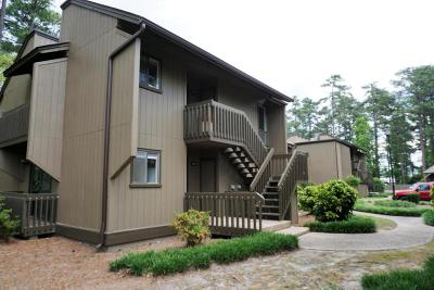 Moore County Condo/Townhouse For Sale: 10 Pine Tree Road #207