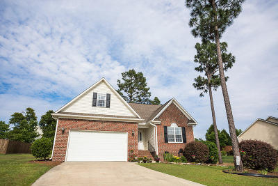 Moore County Single Family Home For Sale: 109 Pine Brae Lane Lane