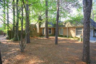 Pinehurst, Raleigh, Southern Pines Condo/Townhouse Active/Contingent: 137 Love Thirty Lane Lane