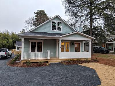 Southern Pines Single Family Home For Sale: 155 Piney Lane