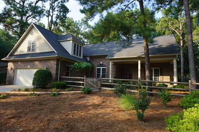 Pinehurst Single Family Home For Sale: 400 St. Andrews Drive