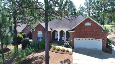 Pinehurst Single Family Home For Sale: 12 Peachtree Lane