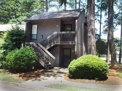 Pinehurst Condo/Townhouse Active/Contingent: 115 S Beulah Hill Road #211