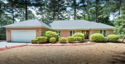 Pinehurst Single Family Home For Sale: 210 Westchester Circle